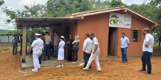 Autoridades visitam IFMT São Vicente para conhecer projetos de sucesso desenvolvidos na instituição